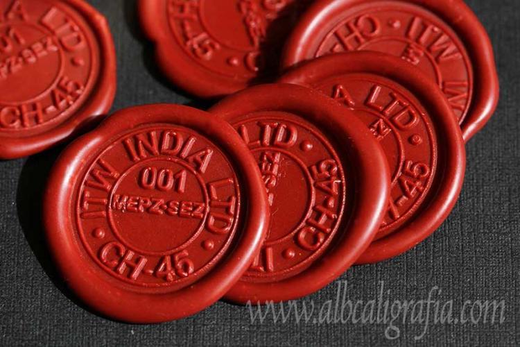 Medallones de lacre color barro