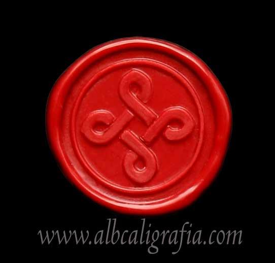 Medallón de lacre rojo con sello de cruz trenzada