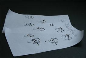 Bocetos en caligrafía de iniciales AD