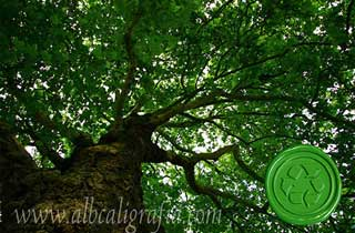 Árbol con medallón de lacre biodegradable